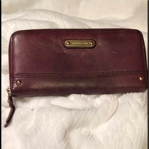 Michael Kors Burgandy Wallet Large